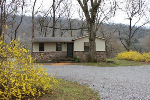 Rivers Edge Cabin 22