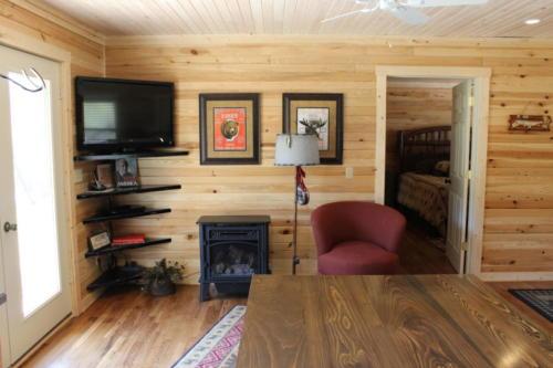 Rivers Edge Cabin 25